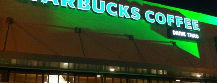 Starbucks is one of Lieux qui ont plu à Jakessita.