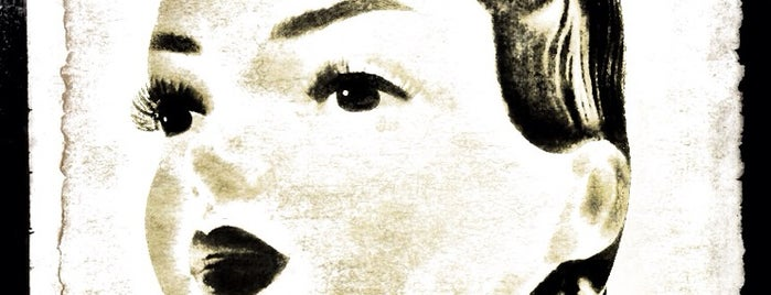 Ulta Beauty is one of Posti che sono piaciuti a Janell.