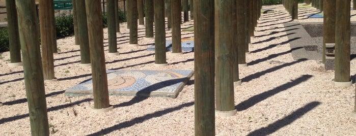 Memorial Paine is one of Arte, Cultura & Entretenimiento.