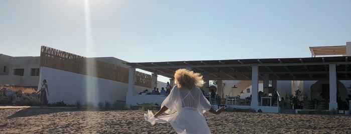 MEA TERRA [Beach Experience] is one of Lugares favoritos de Anastasia.