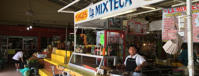 Mercado Churubusco is one of Coyoacán.