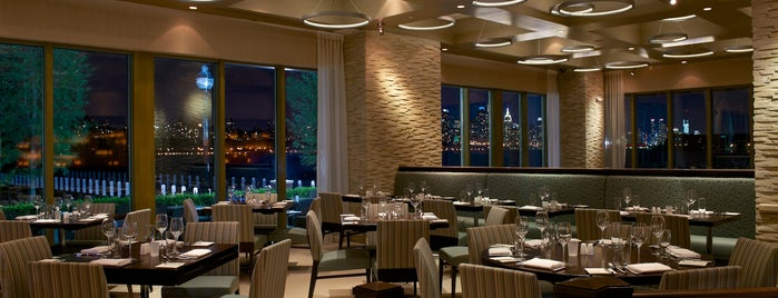 HAVEN Riverfront Restaurant and Bar is one of Jersey city.