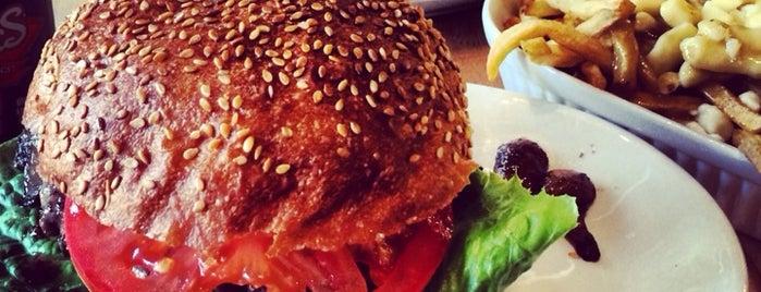 Burger Royal is one of MTL LeBurger.
