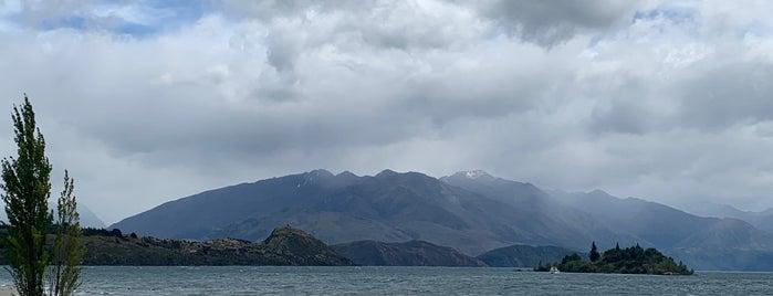 Lake Wanaka is one of A week on New Zealand's South Island.