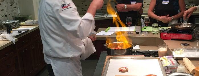 Le Gourmet Kitchen is one of R. 님이 좋아한 장소.