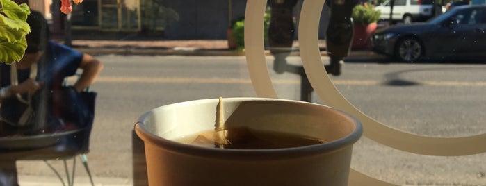 Espresso Fino is one of Locais salvos de Leah.