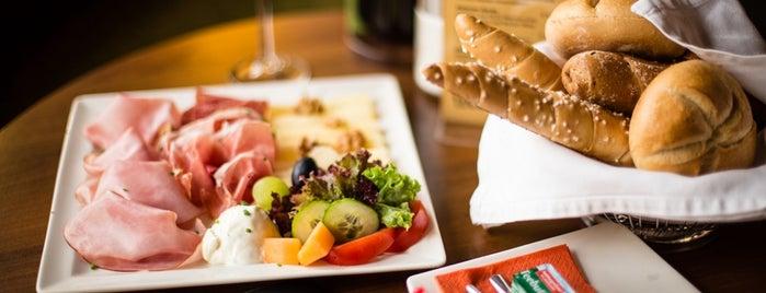 Café Wernbacher is one of SALZBURG SEE&DO&EAT&DRINK.