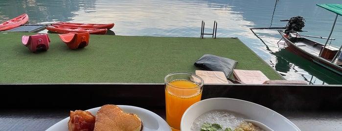 Panvaree Resort is one of Surat Thani-Nakhon Sithammarat.