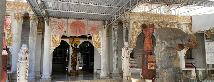 WW II and JEATH War Museum is one of Kanchanaburi.