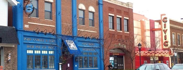 John Cowley & Sons Irish Pub and Restaurant is one of Jose 님이 저장한 장소.