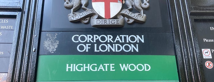 Highgate is one of clive'nin Beğendiği Mekanlar.