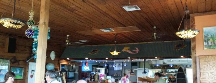 Crazy Fish Bar & Grill is one of สถานที่ที่ Amne ถูกใจ.