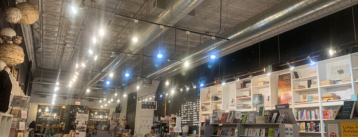Volumes Bookcafe is one of My Coffee Adventure.