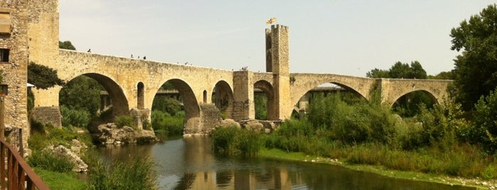 Pont de Besalú is one of Lugares favoritos de N..