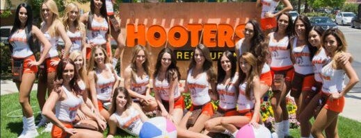 Hooters of Thousand Oaks is one of Thousand Oaks/Moorpark/Simi Valley dinner & drinks.