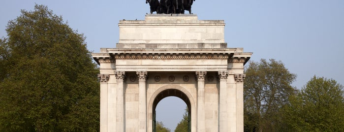 Wellington Arch is one of لندن.