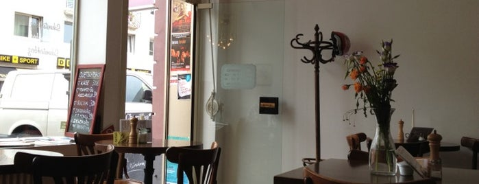 Café Schwesterherz is one of StorefrontSticker #4sqCities: Köln.