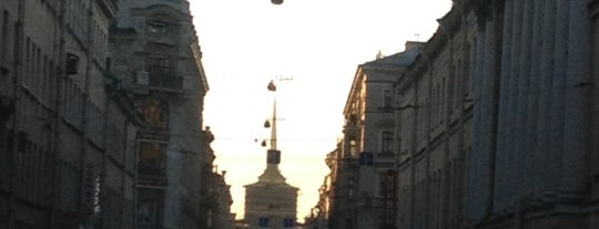 Садовая улица is one of Леночка 님이 좋아한 장소.