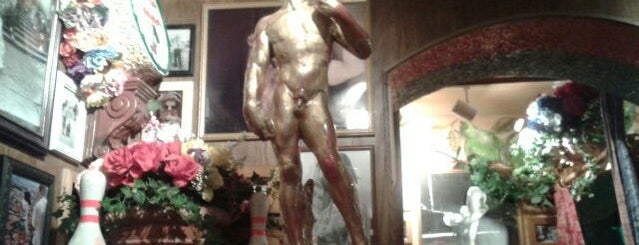 Buca di Beppo is one of Clt food.