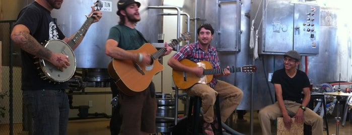 Mother Road Brewing Company is one of Lugares favoritos de Steve.