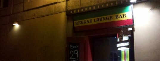 Raggae Bar is one of Nemzetközi kocsmalista.