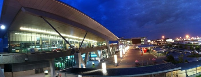 Cape Town International Airport (CPT) is one of #ETAS15 021 Cape Town.