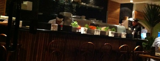Zeni Sushi is one of Restaurantes :).