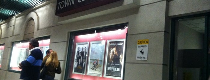 Laemmle Town Center 5 Theater is one of Locais curtidos por st.