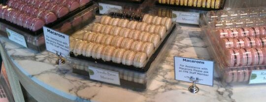 François Payard Bakery is one of fidi eats.