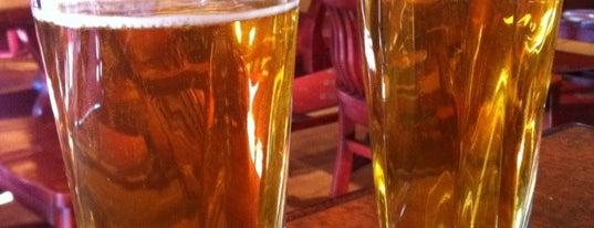 Great Bear Pub is one of Locais curtidos por Nas.
