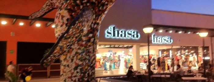 The Shoppes at La Paz is one of Heshu 님이 좋아한 장소.