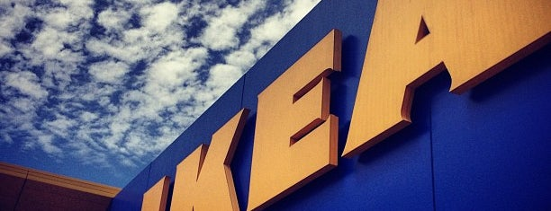 IKEA is one of Lugares favoritos de Bridget.