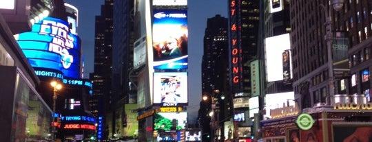 Times Square is one of Tempat yang Disukai Devonta.