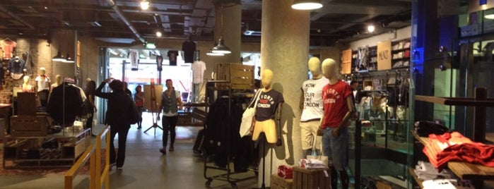Levi's Store is one of Upcoming Trip.
