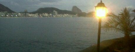 Fort de Copacabana is one of 10  lugares para apreciar a paisagem do Rio.