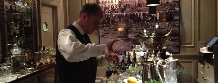 THE DONOVAN Bar is one of Lugares guardados de Kris.