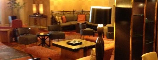Harbor Court Hotel is one of Locais curtidos por Chris.