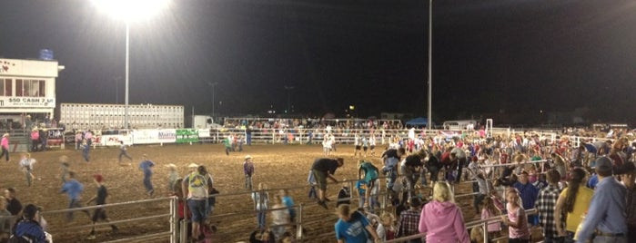 Taylor Rodeo Grounds is one of Lugares favoritos de Justin Eats.