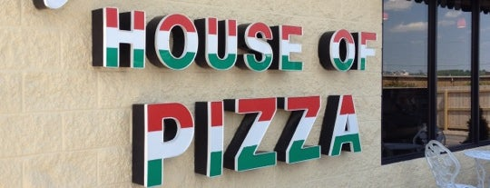 Joey's House of Pizza is one of Tempat yang Disukai Shannon.