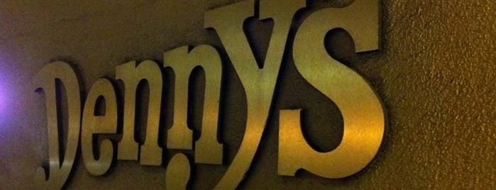 Denny's is one of Locais curtidos por Alfa.