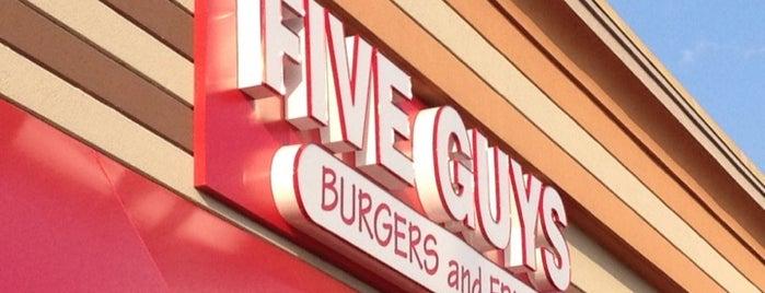 Five Guys is one of Orte, die Jeremy gefallen.