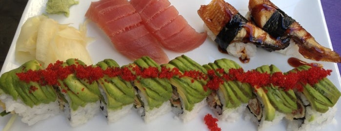 Nijo Sushi Bar & Grill is one of Locais curtidos por Drew.