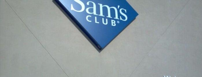 Sam's Club is one of Sherry 님이 좋아한 장소.