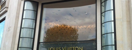 Louis Vuitton is one of My favorite places in Paris, France.