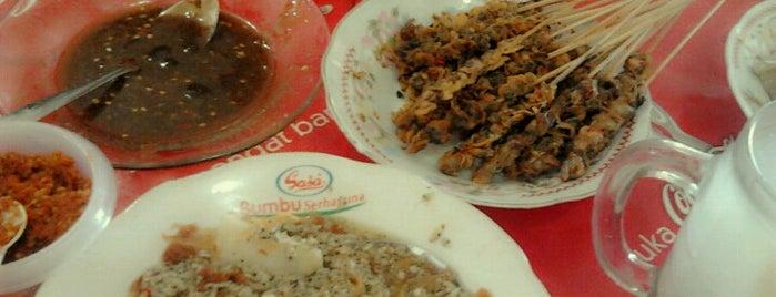 Kupang Lontong Joss is one of The most favorite foods in Surabaya.
