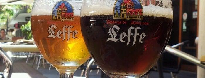 Belgian Beer Café Oostende is one of สถานที่ที่ El Micho ถูกใจ.