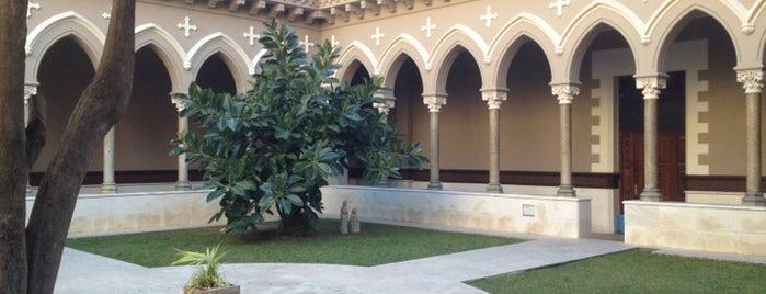 Real Monasterio de Santa Isabel is one of lugares donde me siento bien LA BARCELONA OCULTA.