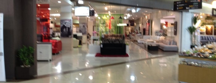 Index Living Mall is one of Lugares favoritos de Paolo.