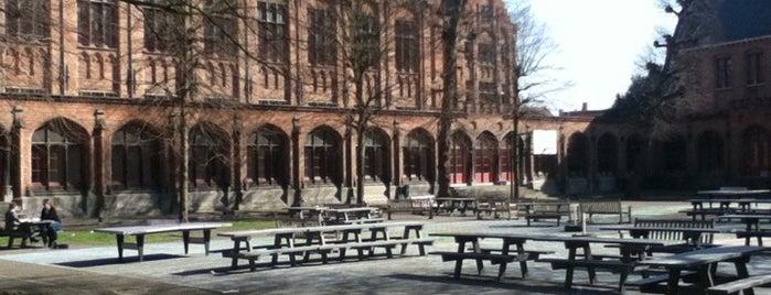 Howest - Campus Brugge Centrum is one of Lieux qui ont plu à Julie.