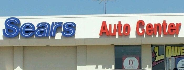 Sears Auto Center is one of Lieux qui ont plu à MarktheSpaman.